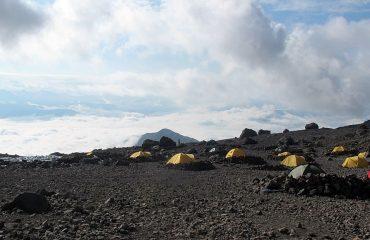 Kazbek Dağı Ana Kampı