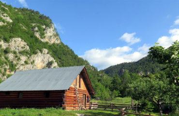 Balkan Dağları'nın Büyüsü-008